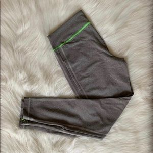 Abercrombie & Fitch active wear ankle length pants